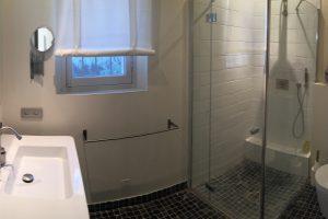 Salle de bains chambre 3