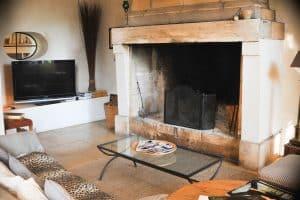 La cheminéedu salon