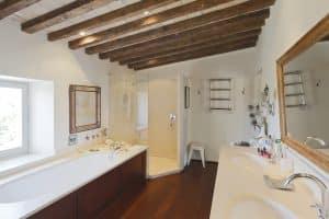 La salle de bain de la suite parentale