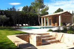 location maison vacances alpilles eygalieres villa piscine