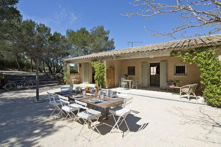 location maison vacances alpilles terrasse