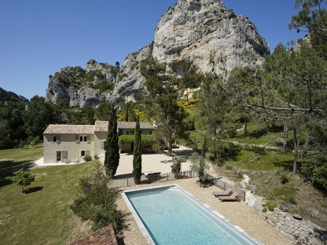maison location provence piscine