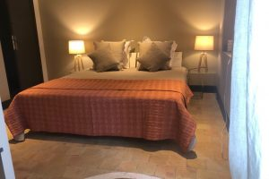 location-villa-standing-saint-remy-provence-piscine28
