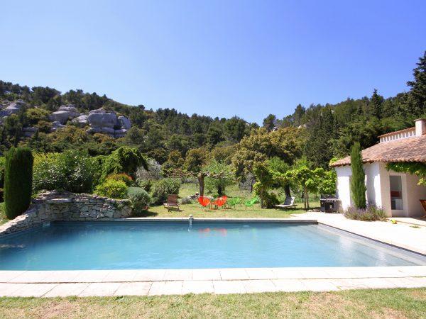 Location maison vacances piscine baux provence