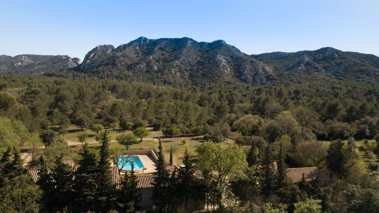 location charme villa piscine eygalières alpilles