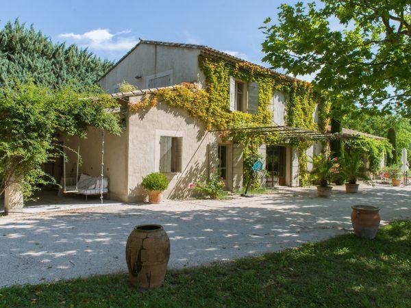 location vacances villa piscine Eygalières