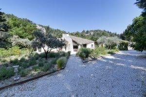 location-villa-vacances-piscine-baux-provence18