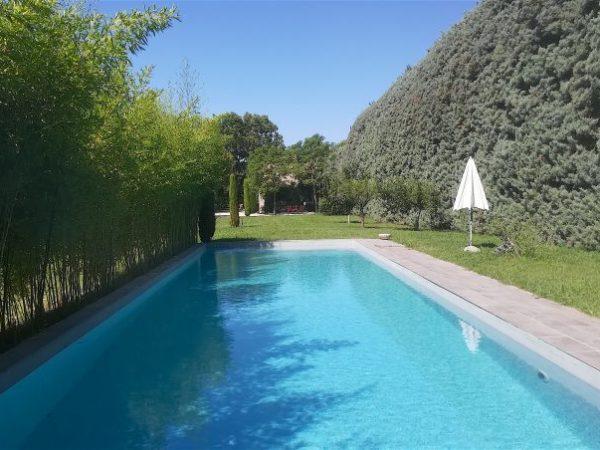 maison vacances piscine eygalières