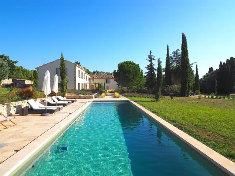 location vacances villa eygalieres