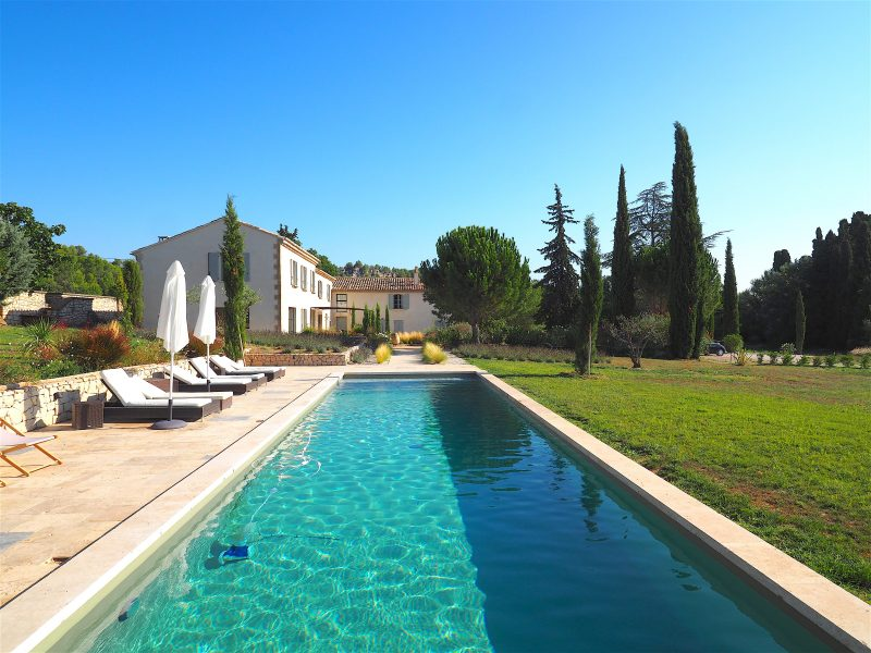 provence vacation rentals luxury