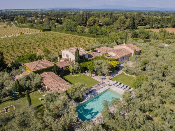 location villa luxe st remy provence vue drone