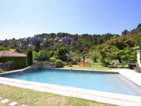 location vacances maison piscine baux provence