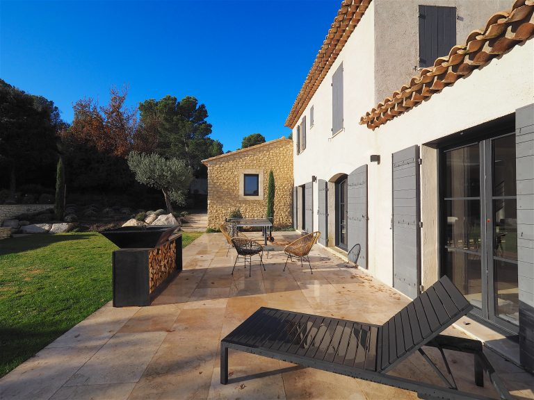 Location villa alpilles terrasse