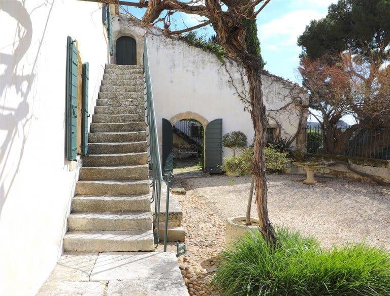 location villa vacances alpilles
