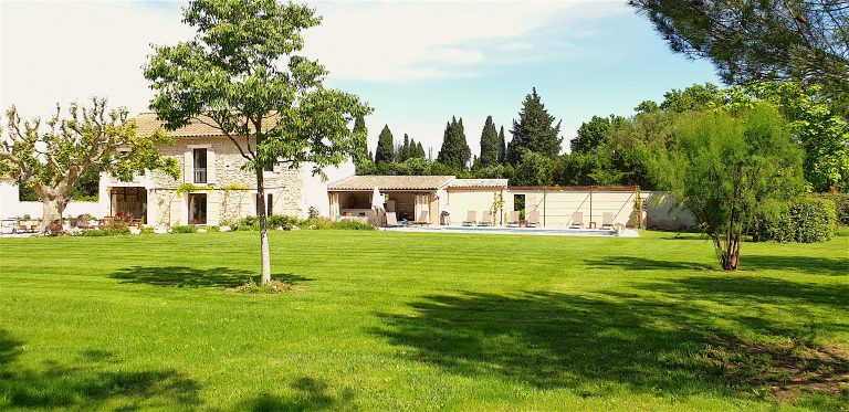 provence vacation villas rentals