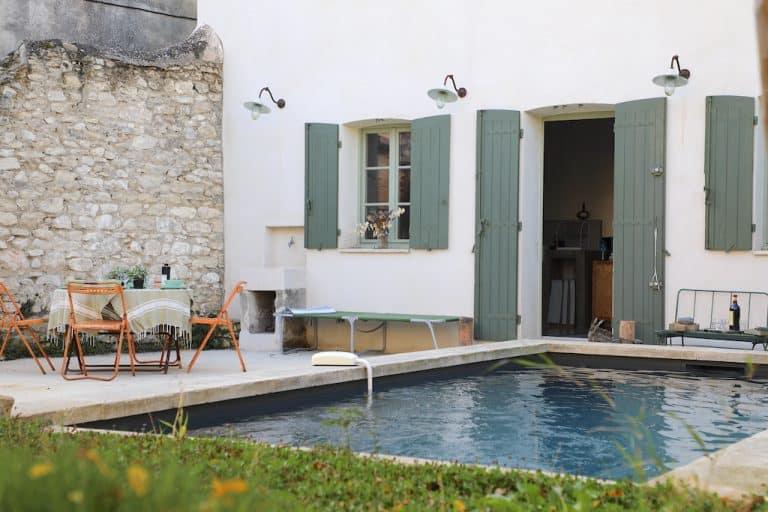alpilles location vacances piscine