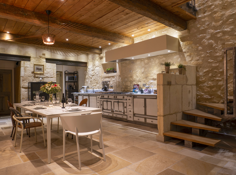 seasonal luxury rentals provence