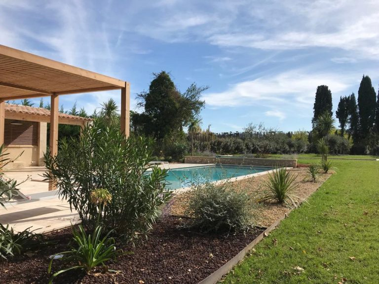 provence holiday homes